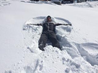 Curtindo a neve no cerro Otto no parque Piedras Blancas em Bariloche