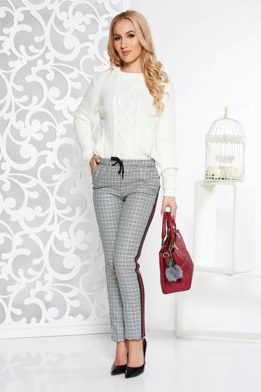 Pantaloni gri casual cu talie medie din stofa neelastica cu buzunare accesorizati cu snur