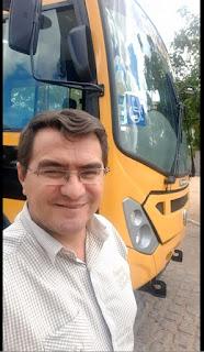 Picuí recebe ônibus novo para a educação, fruto de emenda parlamentar do ex-deputado Luiz Couto