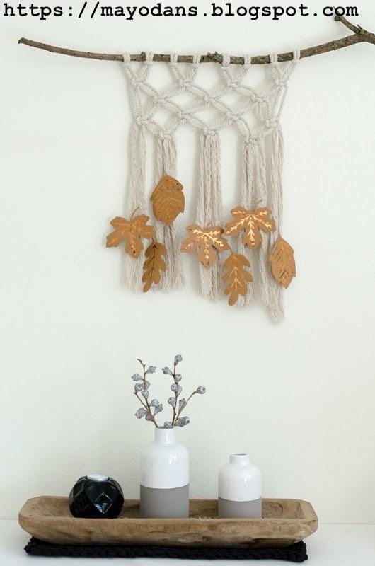 Diy makramee wandbehang herbstlich gestylt mit bl ttern - Makramee wandbehang ...