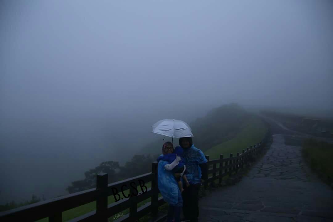 Pengalaman Melawat Sangumburi Crater Jeju Island