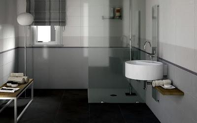 Traditional bathroom floor with curtain