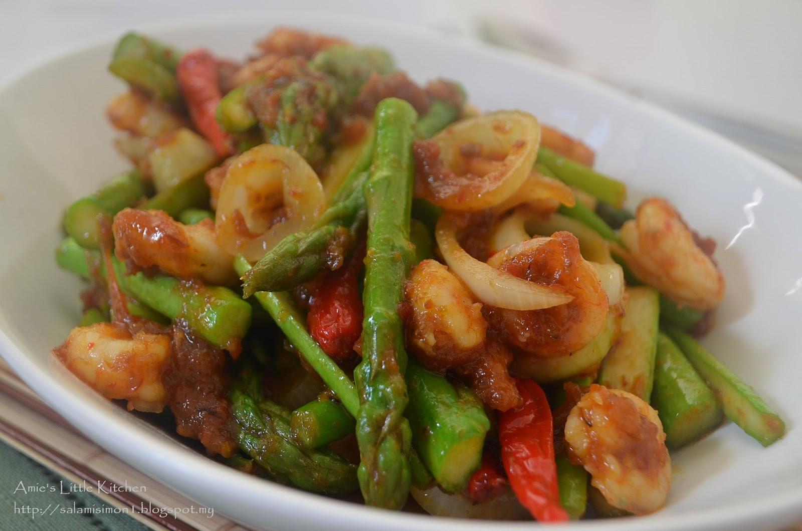 Amie S Little Kitchen Asparagus Tumis Pedas