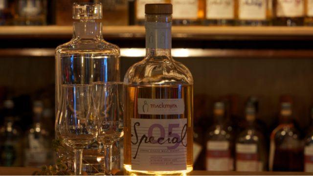 IA generadora de recetas de whisky microsoft