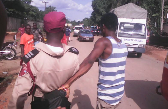 Angry Mob disgraced FRSC Officials Over Bribery – See More Photos