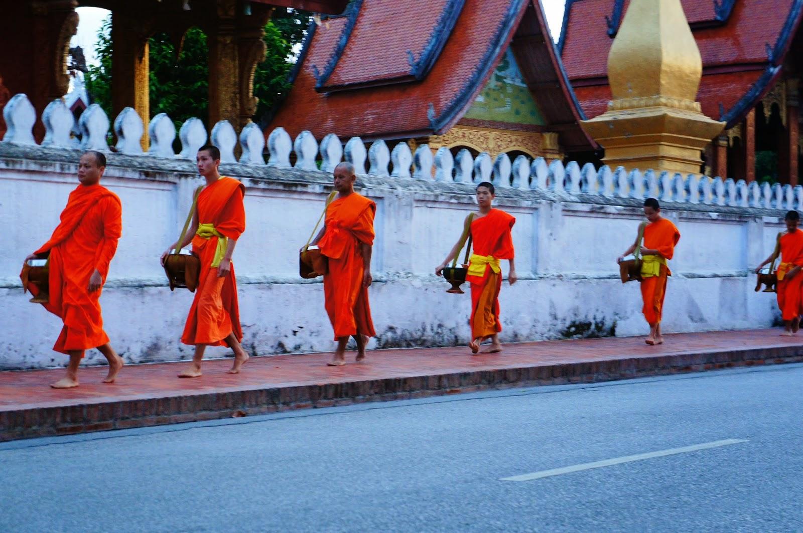 Luang Prabang - Monks in procession
