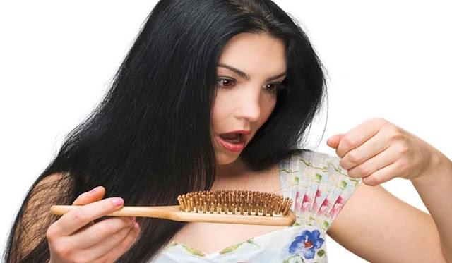 وصفات ونصائح لعلاج تساقط الشعر