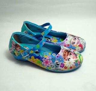 Sepatu Cantik Anak Perempuan Motif Frozen