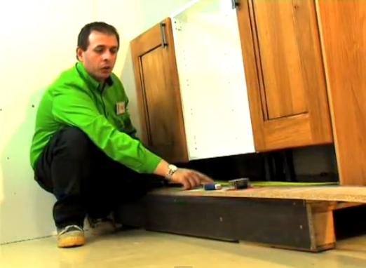 H galo usted mismo mueble cocina melamina 5 h galo usted for Como armar un mueble de cocina