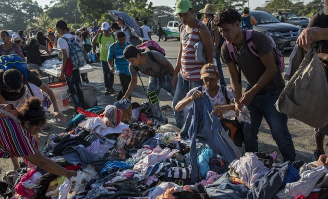 CARAVAN CRISIS: Thousands Abandon Caravan, Apply for Asylum in Mexico