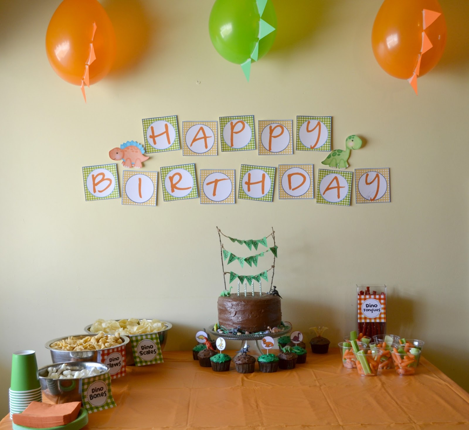 We Love Being Moms!: Dinosaur Themed Birthday Party