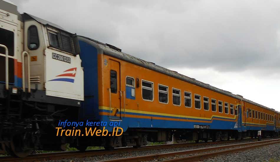 Jadwal Dan Harga Tiket Ka Gaya Baru Malam 2019 Infonya Kereta Api
