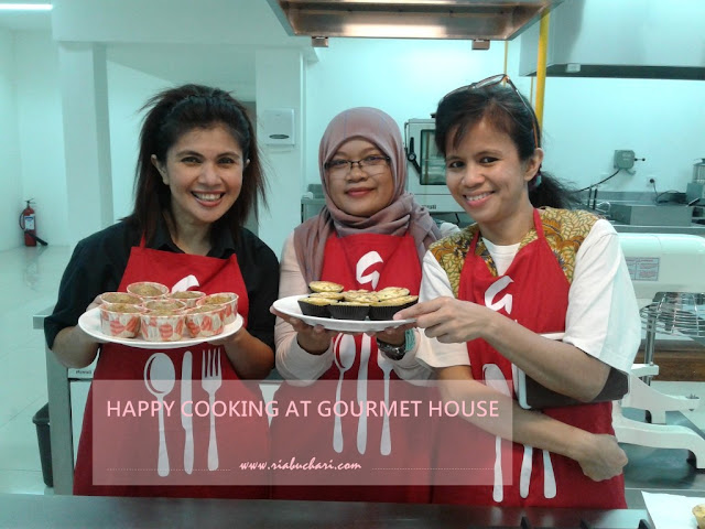 HAPPY COOKING AT GOURMET HOUSE