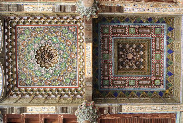 Ouzbékistan, Boukhara, mosquée, Bolo Hauz, galerie, © L. Gigout, 2010