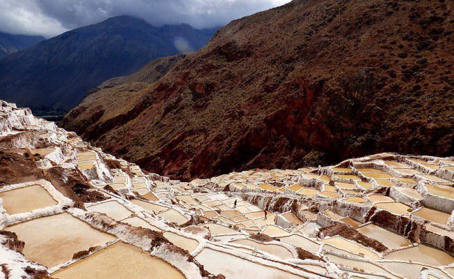 Xvlor.com Salinas de Maras is salt-making field since pre-Inca in Sacred Valley