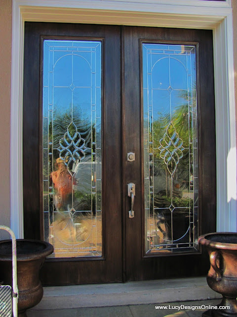 painting a front door before and after