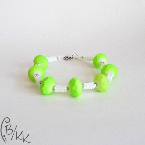 bransoletka herringbone neonowa zieleń   neon green herringbone bracelet