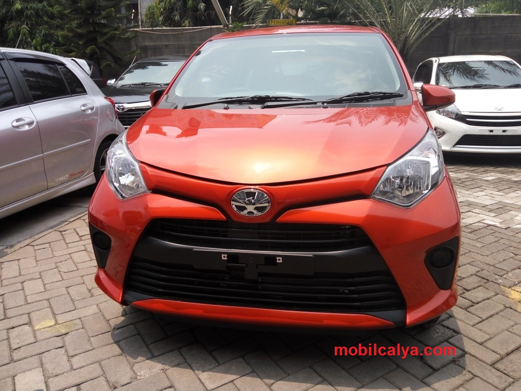 Kumpulan Modifikasi Mobil Warna Orange 2018