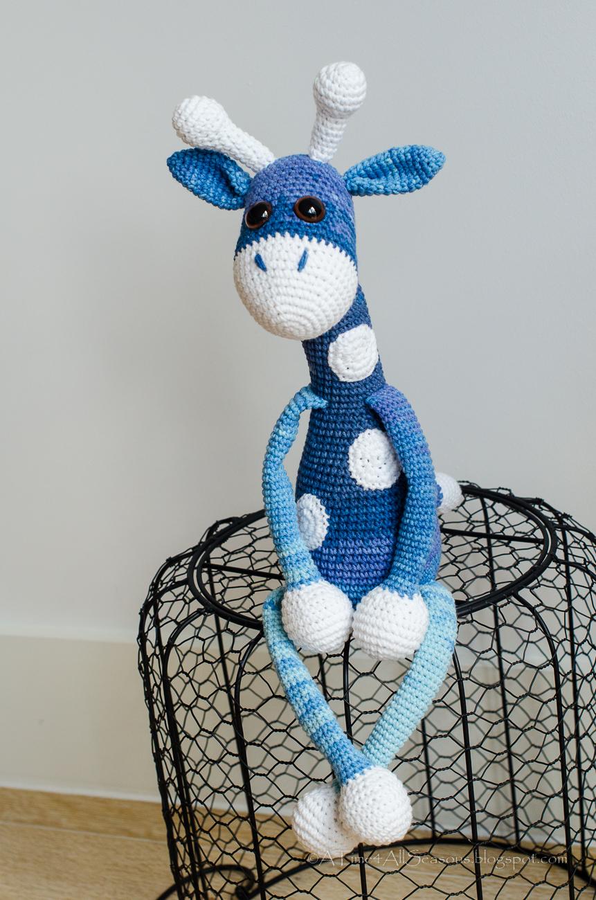 A Time For All Seasons: Giraffe Amigurumi Crochet Pattern