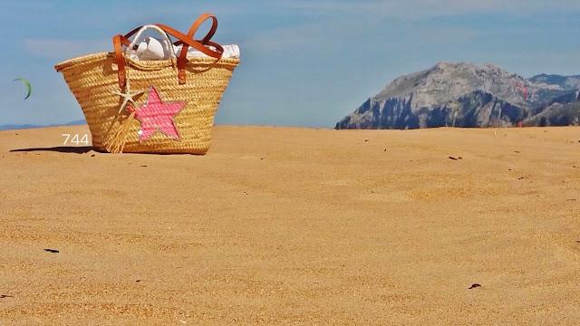744-capazos-viajeros-puntal-LAREDO-Cantabria-sietecuatrocuatro-playa-beach