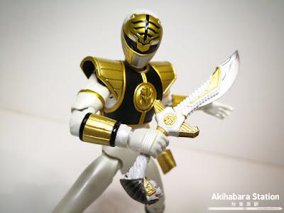 "Figuras: Review del S.H. Figuarts del White Ranger de ""Mighty Morphin Power Rangers"" - Tamashii Nations"