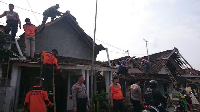 Puting Beliung Terjang Puluhan Rumah di Mojowarno, Warga Berharap Pemerintah Bantu Korban