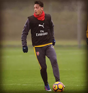 Mesut Ozil future does not depend on Wenger