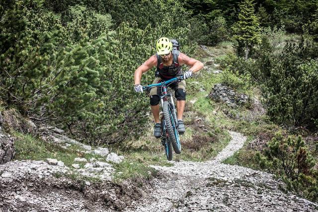 Technischer Trail Moggio Udinese Monte Flop MTB Mounatinbike