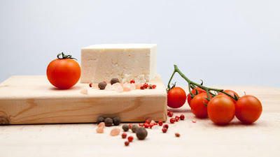 fresh goat cheese and cherry tomatoes