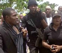 News: DSS operatives brutalise journalists in Osun