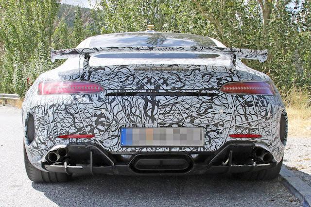 「メルセデスAMG GT」に最強モデル「ブラックシリーズ」が登場か!?
