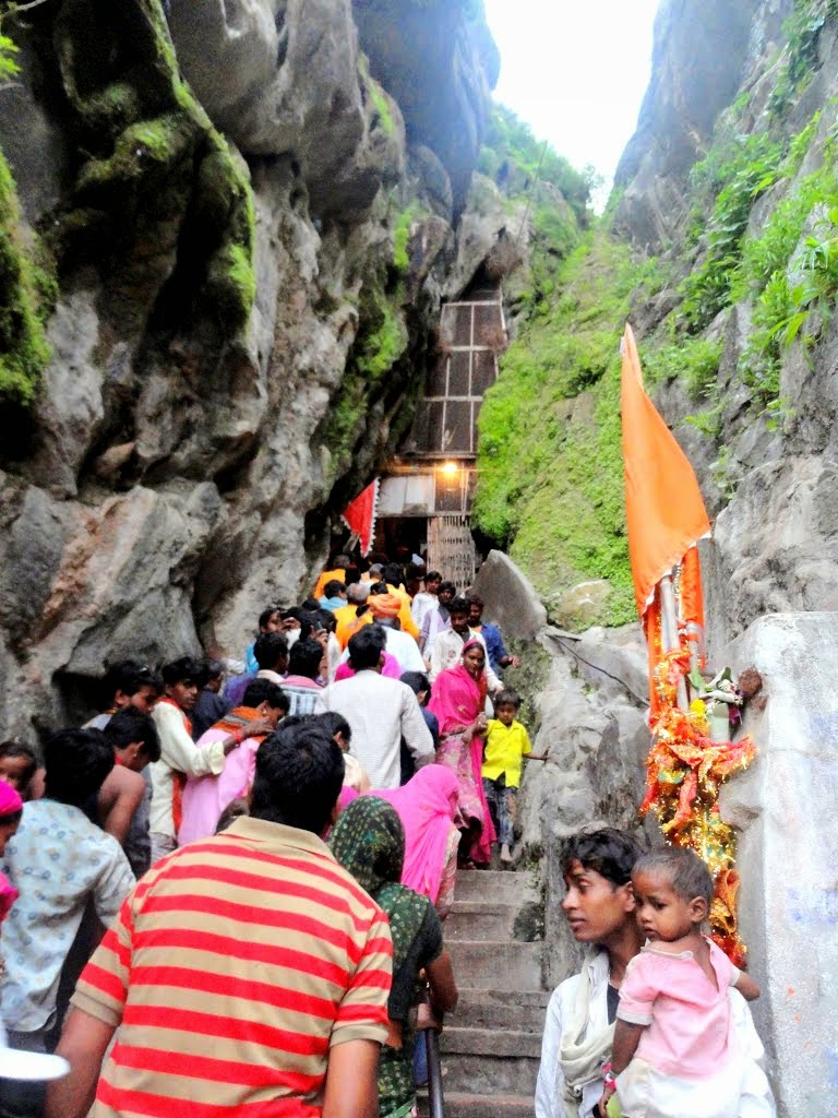 Devotees at Parshuram Mahdev Cave Temple, Pali