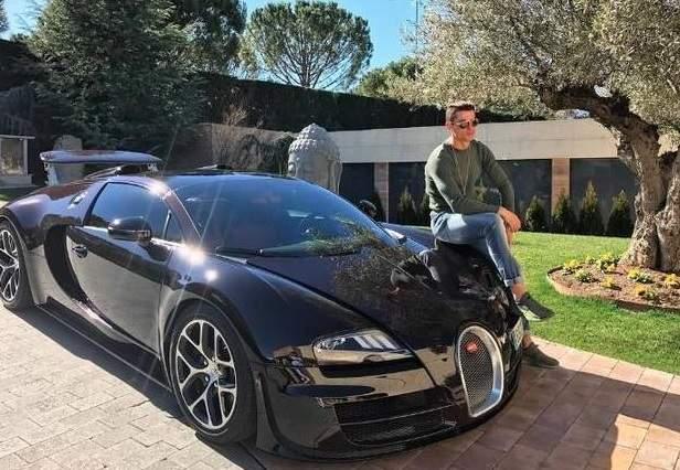 Cristiano Ronaldo 'compra o carro mais caro do mundo'