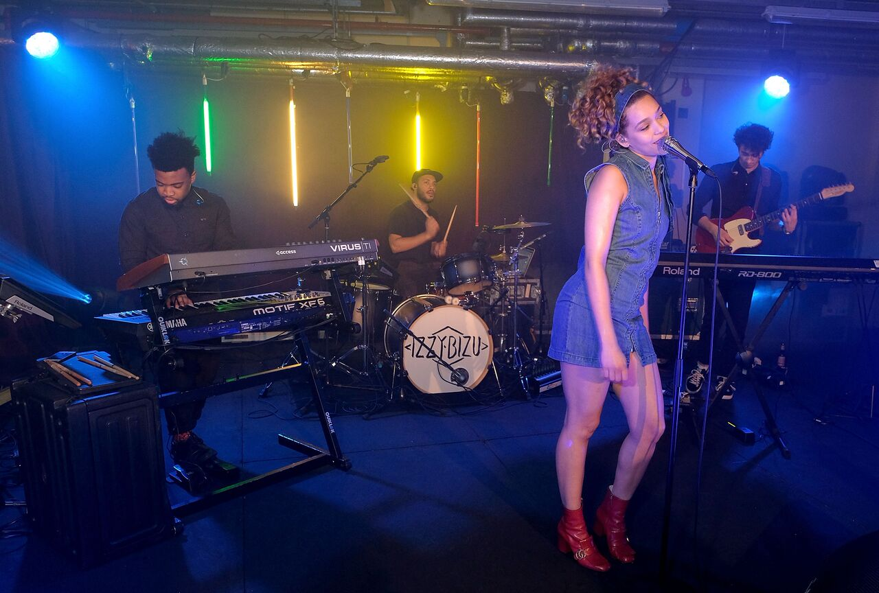 Izzy Bizu after party Toyota