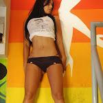 Andrea Rincon – Selena Spice – Sexy Top Blanco y Tanga Negra Foto 8