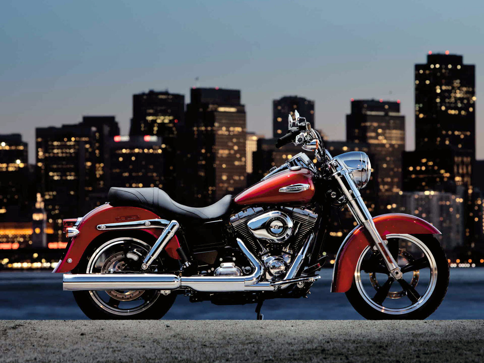 2012 Harley-Davidson FLD Dyna Switchback Wallpaper