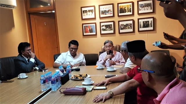 Kwik Kian Gie ke Posko Pemenangan Jokowi, Diskusi dengan Timses
