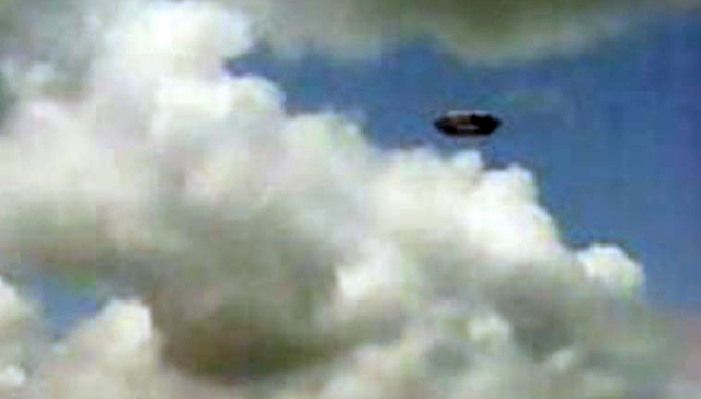 UFO News ~ Fleet of UFOs Seen During Sunset Over Maryland and MORE UFO%252C%2BUFOs%252C%2Begyptian%252C%2Bsightings%252C%2BKylo%252C%2BBB8%252C%2BForce%2BAwakens%252C%2Barchaeology%252C%2B101%252C%2BEnterprise%252C%2Bastronomy%252C%2Bscience%252C%2BStargate%252C%2BBill%2BGates%252C%2Bnano%252C%2Btech%252C%2Bovni%252C%2Bomni%252C%2BW56%252C%2BLa%2BAurora%252C%2BJustin%2BBieber%252C%2BArgentina%252C%2Bholy%252C%2Bbible%252C%2BObama%252C%2Balien%252C%2B315