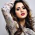 "Laura Marano lança seu primeiro single, ""Boombox""!"