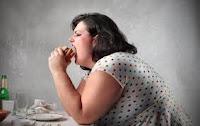 cómo se alimentan las personas obesas