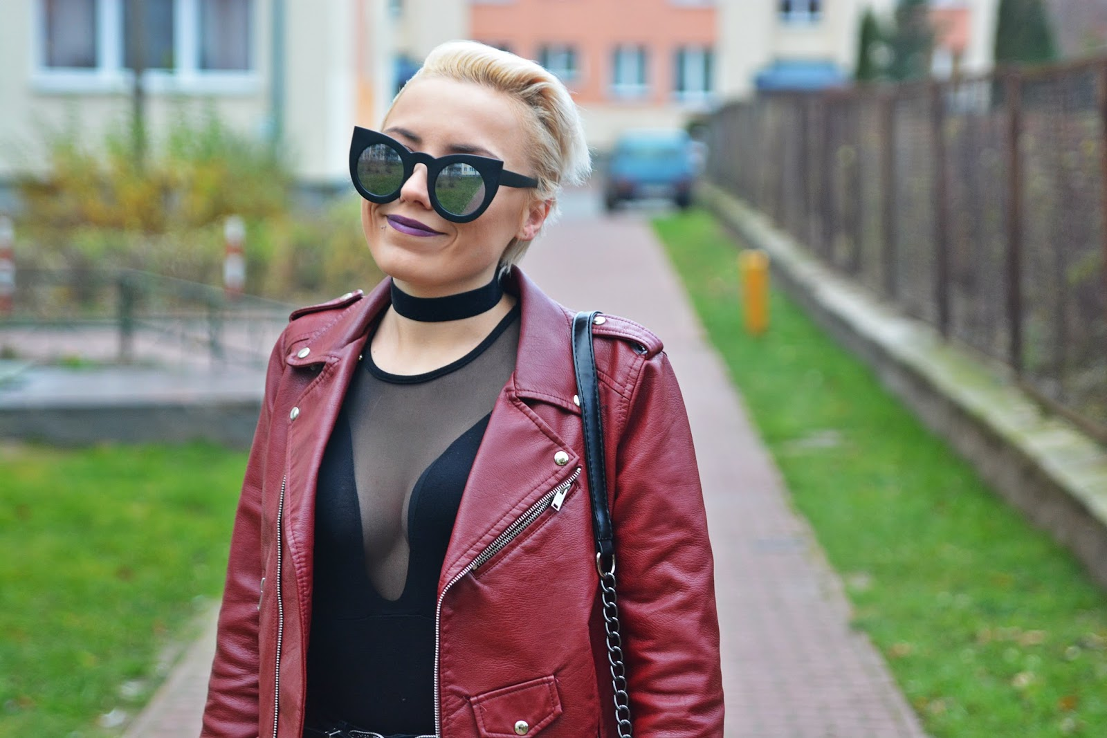 czarne_body_choker_blog_modowy_karyn