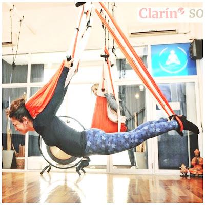 practica-columpios-tela-ARGENTINA-buenos-aires-cordoba-santafe-misiones-mendoza-pampa-patagonia-chile-santiago-uruguay-montevideo-aerial-aerea-yoga-pilates-fitness-ejercicio-formacion-profesional-prensa-tendencias-moda-belleza-radio-TV-coach-coaching.html