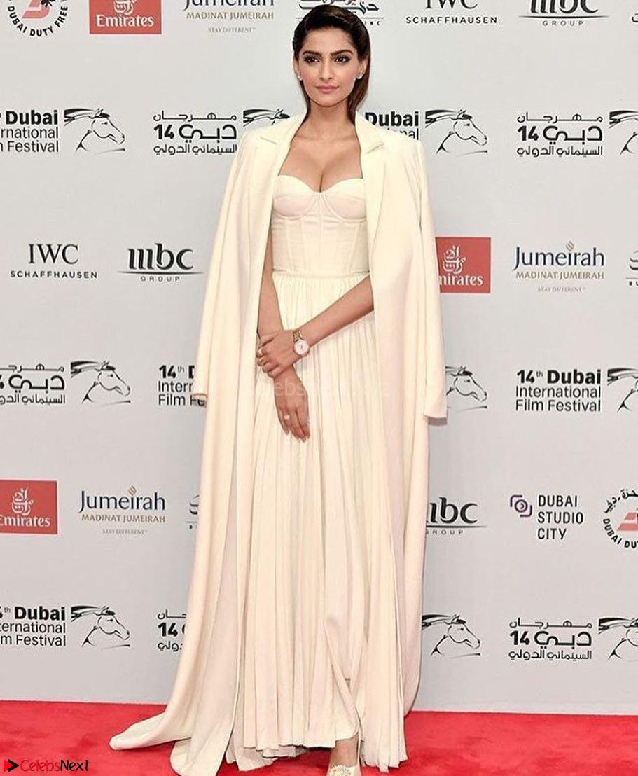 Sonam Kapoor Looks ravishing in a Deep neck Cream Gown ~ CelebsNet  Exclusive Picture Gallery