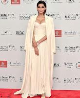 Sonam Kapoor Looks ravishing in a Deep neck Cream Gown ~ CelebsNet  Exclusive Picture Gallery 005.jpg