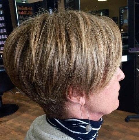 80 Potongan Rambut Wanita Untuk Usia Di atas 50 Tahun - Tips Rambut a9478d4f78