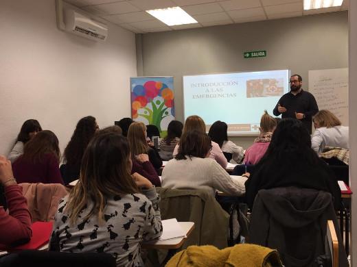 El IVASPE inicia la formación en asistencia psicosocial a voluntarios que colaboran en las emergencias
