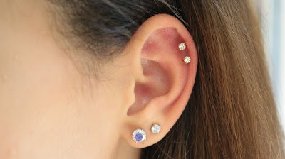 double cartilage piercing, cartilage piercing, snake bite cartilage piercing, piercings, piercing pagoda