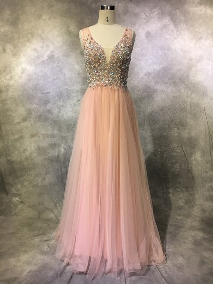 http://uk.millybridal.org/product/a-line-v-neck-tulle-sweep-train-with-pearl-detailing-prom-dresses-ukm020104124-20317.html?utm_source=minipost&utm_medium=2188&utm_campaign=blog