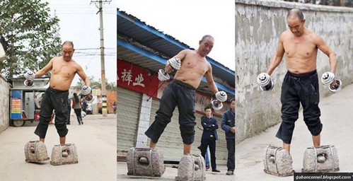 http://www.liataja.com/2017/07/bapak-ini-olahraga-pakai-sepatu-dari.html