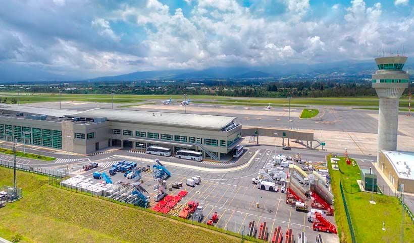 Llegada Salida Vuelos Nacionales Internacionales Aeropuerto de Quito
